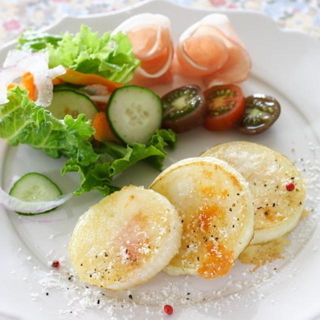 """長芋で作るもっちりガレット &Kalreidoscope """"白金ポークと野菜のタイ風ごちそうサラダ"""""""