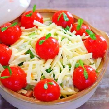 トマトコラーゲンチーズ鍋の作り方レシピ