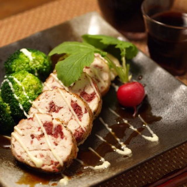 鶏胸肉のコンビーフ焼き