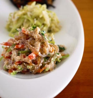 豆苗と糸こんにゃくの白和え♪簡単作り置きおかず常備菜レシピ