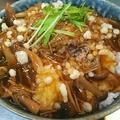 【自炊生活】簡単美味し、秋の味覚『きのこ』をたっぷり使って美味しい餡掛け丼ぶり!作り方・レシピ