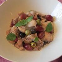 鶏と葡萄とオリーブの実と・・・