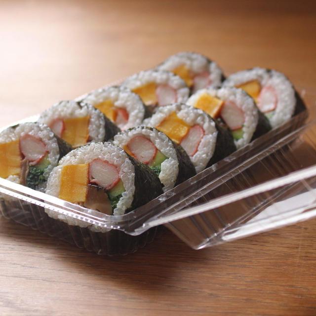 カステラかまぼこの太巻き寿司