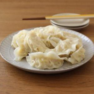 カロリーオフ&節約におすすめ♪鶏ひき肉で作る餃子レシピ
