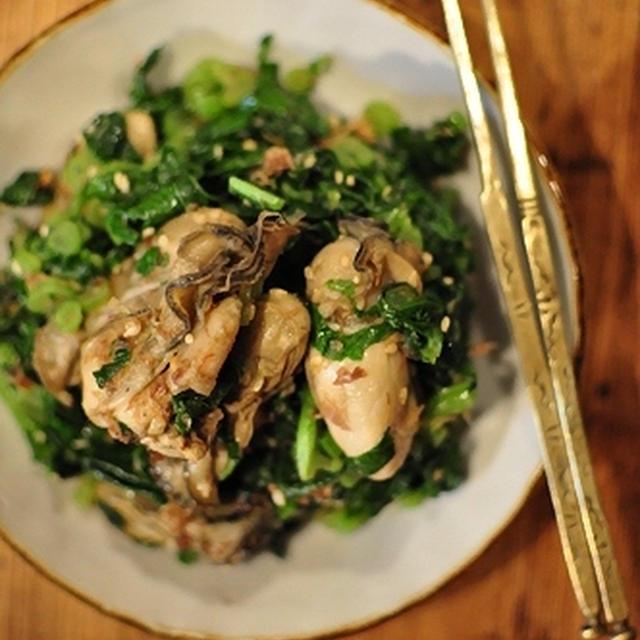 大根の葉っぱと牡蠣のオイル漬けの炒め物