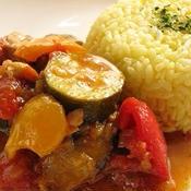 夏野菜のトマトチキンカレー