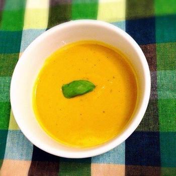 かぼちゃたっぷりほっこり豆乳スープ