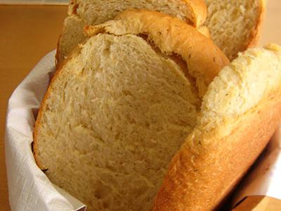>*ヨーグルト生地のモチモチ食パン (注:ホームベーカーリーにお任せ食パンです) by mocciさん