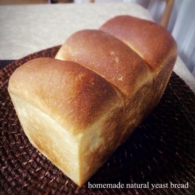 ヨーグルト酵母の食パン(ストレート法)