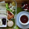 アフタヌーン・ティーのお弁当仕立て その2 サンドイッチとトライフル