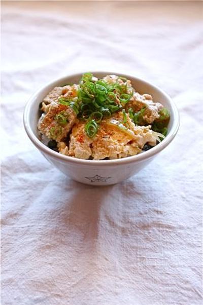 凍り豆腐の玉子とじ。