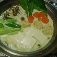 手作り鶏団子でシャンタン豆乳鍋^0^