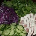 鶏の たたきの タイ風サラダ