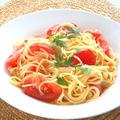 素材の味がそのままで美味しい〜トマトと鰹だしの冷製フェデリーニ。