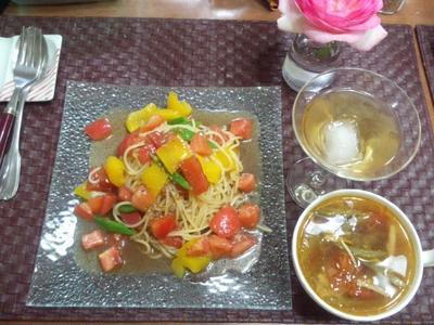 【献立】トマト・パプリカ・いんげんの冷製パスタ、具沢山野菜スープ、食前酒