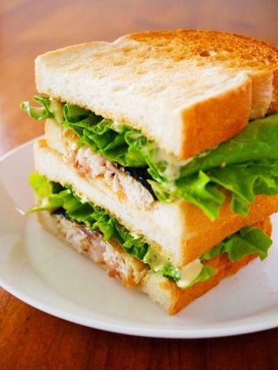 トルコ名物をおうちで味わう♪絶品サバサンドのレシピ14選