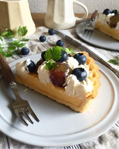 ピオーネとブルーベリーのカスタードタルト♪誕生日ケーキ♪