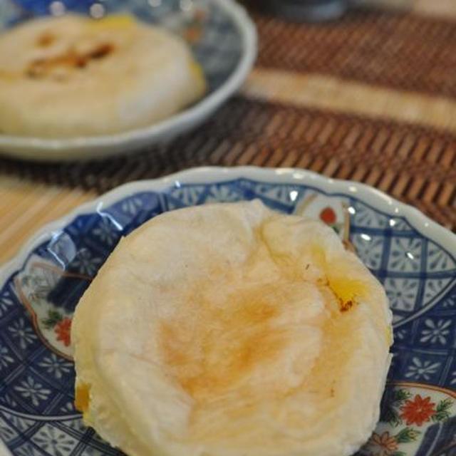 白玉粉で作るカスタードの梅が枝餅