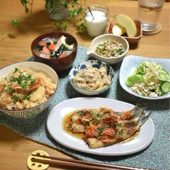 【レシピ】手羽先とトマトの炊き込みご飯✳︎洋風なんだか和風なんだか笑…朝から一悶着、やっちまいました。