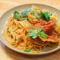 【レシピ】王道美味!春キャベツが余ったら、ツナ缶とホールトマト缶あればOK。春キャベツとツナのトマトソースパスタ