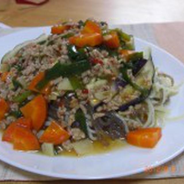 たっぷり野菜のマーボー茄子麺でお昼ご飯