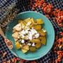 意外な組み合わせがクセになる|ハロウィンカラー料理|【カボチャと柿のオレンジソテー】 by SHIMAさん
