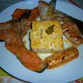 T-falで銀鮭のアラの焼き鮭+焼き豆腐のタパス