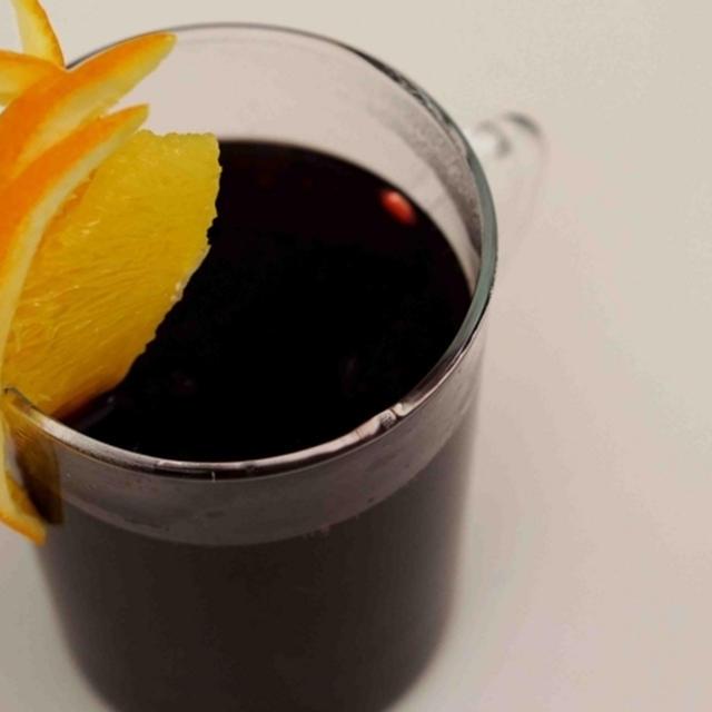 寒い夜はホットワインで暖まろう