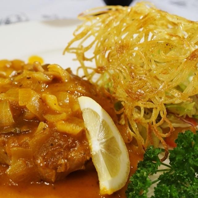 【ジューシートマトチキン 焼きパスタドーム付き】ハウスカチャトーラ使用です♪
