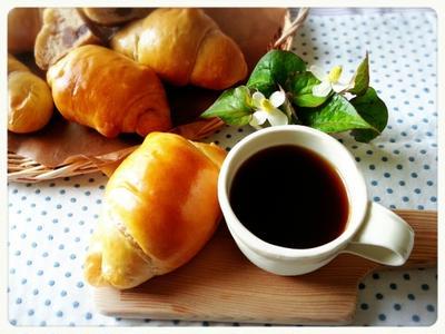 黒糖あずきロールパン♡久しぶり~にゆっくりのんびり日曜日で~す(*´ー`*)