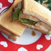 食べごたえ満点!「鶏むね肉×サンドイッチ」のおすすめレシピ