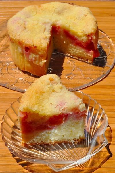 プラムクランブルケーキ