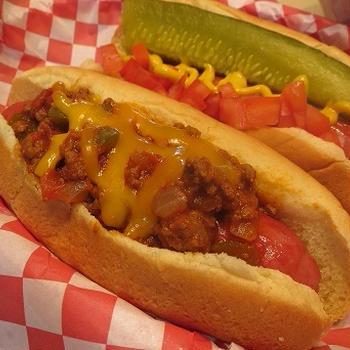 Hearty Chili & Chilidog/ 夏野菜たっぷりなチリとチリドッグ