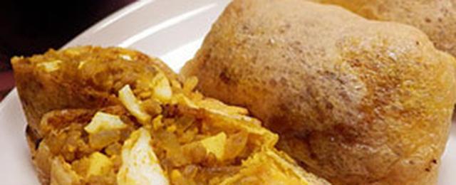 できたて熱々がおいしい!ロシア風惣菜パン「ピロシキ」作りにトライ♪