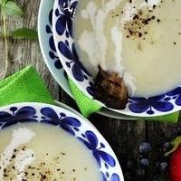 長ネギのぽってりスープ・カリカリベーコン添え