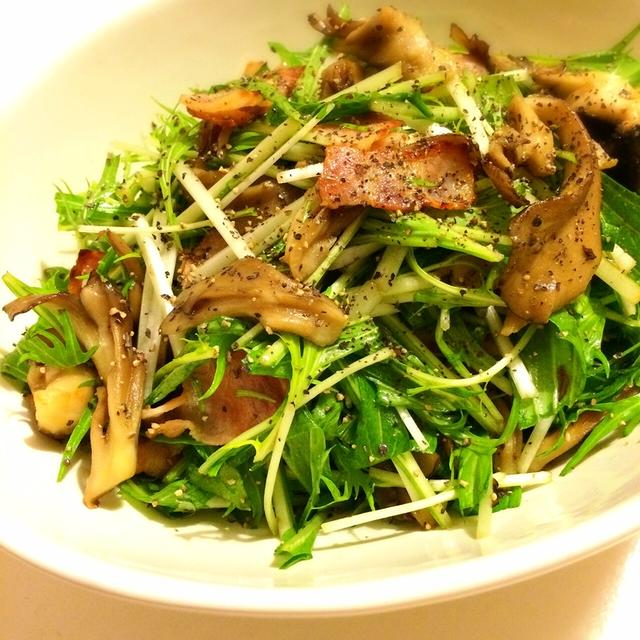 パーティーのあと一品に!水菜と舞茸のデリ風サラダ