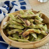 味が濃くて止まらない!焼き枝豆*子どもに季節の味を伝える食育