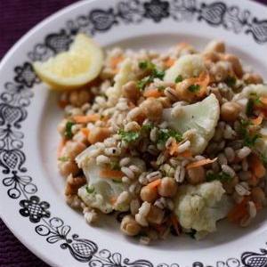 正月太りのダイエットにも最適!大麦のサラダレシピ