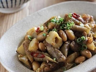 >大豆と根菜と豚こま肉のカレー炒め by ぴくるすさん
