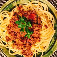 キレイを作る食卓〜お肉しっかりピリ辛ボロネーゼ(ハウスのスパイスでお料理上手♪)〜