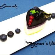 ブルーベリーのミニレアチーズケーキ