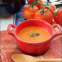 パンにもごはんにも合う!トマト缶でできる簡単「トマトスープ」
