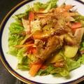 ローストチキンとにんじんのサラダ、たまねぎハーブドレッシング