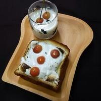 子供と大人のまん中サンド :焼きマシュマロとさくらんぼの白ワイン煮で