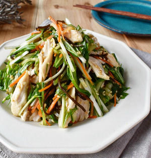 レンジで簡単。もりもりいける【ささみと水菜の塩昆布サラダ】