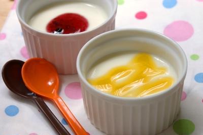 豆乳プリン♪お好みのジャムソースで。