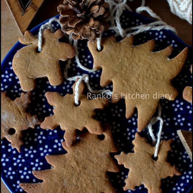 クリスマス用のジンジャークッキー(ディスプレイ用)