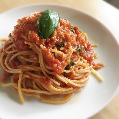簡単! 失敗しないトマトツナパスタソースの作り方
