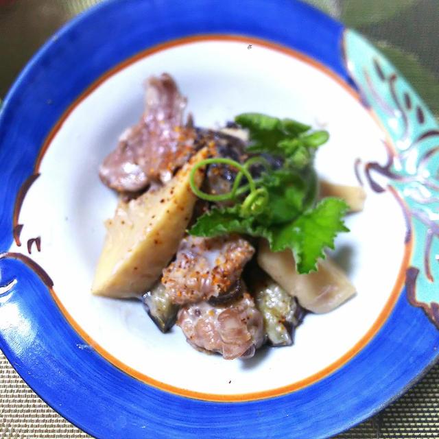 豚筋肉と茄子と筍のココナッツミルク煮