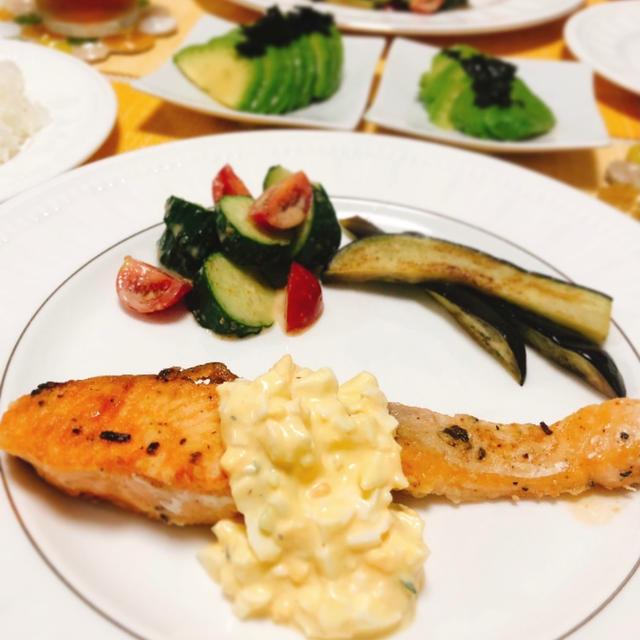 鮭のタルタルソースの夕ご飯